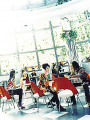 Diners at a cafe