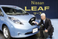 uZY AEV  S   t  br 12 Z20 u   c   a     December 3  2010  Yokohama  Japan - Nissan Motor Co. launches its electric vehicle Leaf at its head office in Yokohama on Friday  December 3  2010. The 100% electric  zero-emission vehicle goes on sale in Japan from December 20. Nissan sets the price for the electric vehicle at 3.76 million yen  US 44 820   adding that customers can receive a government subsidy of up to 780 000 yen per vehicle. Nissan said it has installed charging equipment at all its 2 200 domestic dealers in Japan so drivers will be able to charge the car when the battery runs low.  Photo by AFLO   3609  -mis-