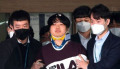 Head of an online sexual blackmail ring Cho Ju-Bin is transferred to the prosecution for investigation in Seoul Cho Ju-Bin  Mar 25  2020 : Head of an online sexual blackmail ring called  rsquo;Nth room rsquo;  Cho Ju-Bin  24  leaves Jongno police station to be transferred to the prosecution for further investigation in Seoul  South Korea. According to local media  Cho is suspected of blackmailing dozens of victims into performing violent sex acts and selling the videos in mobile chat rooms on messaging services  such as Telegram and Discord. About 74 people  including 16 underage girls  are known to have been exploited in the case  known as the  rsquo;Nth room case rsquo; in which the key suspect Cho allegedly lured victims into taking photos and later coerced them into performing more gruesome sex acts. About 260 000 people are known to have joined the mobile chat rooms. The police sent the case to the prosecution on charges including violation of the act on the protection of children and youth against sex offenses.  Mandatory Credit: POOL/AFLO   SOUTH KOREA