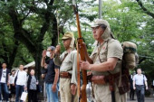 Japan remembers war dead at Yasukuni Shrine August 15 2017 Tokyo Japan  Two men in costumes of Imperial Army visit the controversial Yasukuni shri
