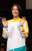 Alice Hirose attends promotes Meiji Yasuda Life Insurance February 28 2019 Tokyo Japan  Japanese actress Alice Hirose attends a yoga lesson for a